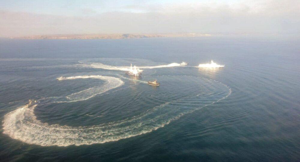 ウクライナ海軍船3隻がロシア国境を超えた
