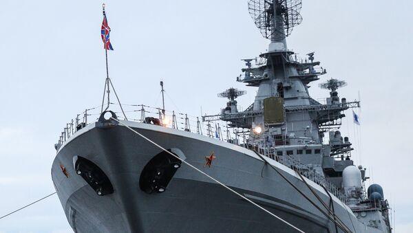 北方艦隊旗艦の重原子力ミサイル巡洋艦「ピョートル・ヴェリーキイー」 - Sputnik 日本