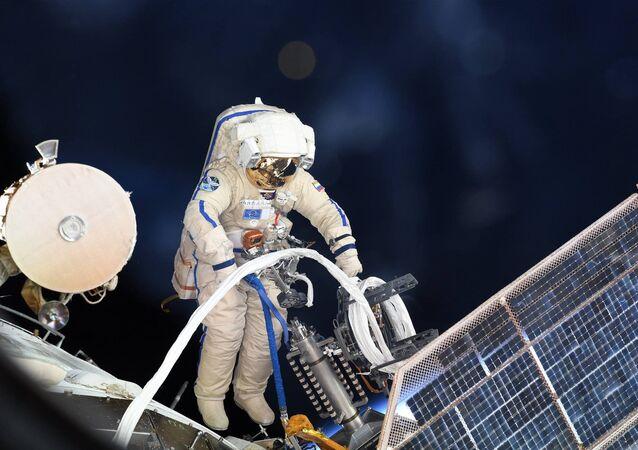 ロシア宇宙飛行士 ISS