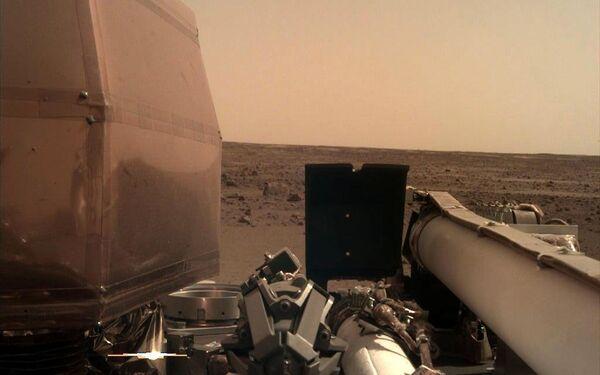 火星探査機インサイトが起動してから初めて撮影した写真 - Sputnik 日本