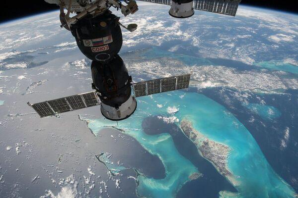 ISSから見た輸送船「ソユーズ」 - Sputnik 日本