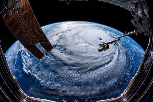 ISSから撮影したハリケーン・フローレンス - Sputnik 日本