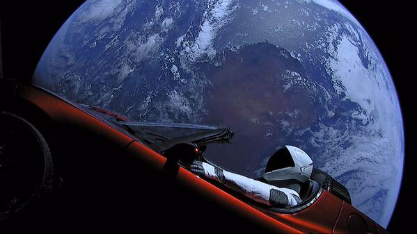 米宇宙企業スペースXが宇宙に打上げた、宇宙船を着たマネケンが運転席に乗ったオープンカー「テスラ・ロードスター」 - Sputnik 日本