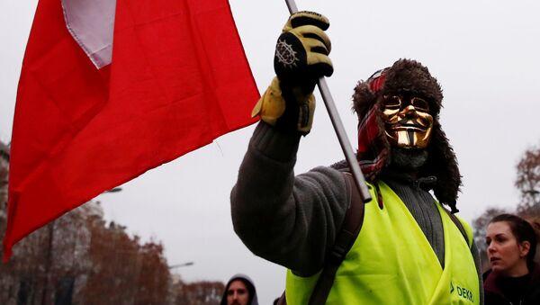 Protestas de los 'chalecos amarillos' en París - Sputnik 日本