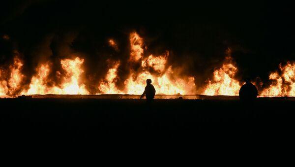 Спасатели на месте взрыва трубопровода в Мексике - Sputnik 日本