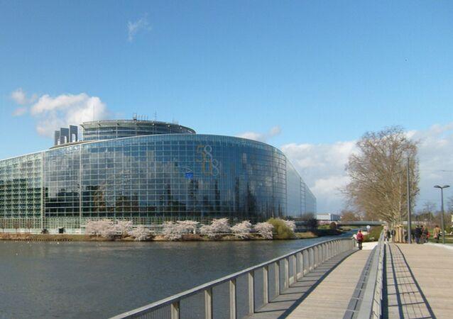 ロシア憲法裁判所、欧州人権裁判所の決定に真っ向から反対