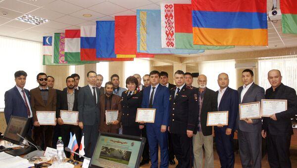 麻薬撲滅へ向け、日本の援助でアフガニスタンと中央アジアの捜査官に研修 - Sputnik 日本