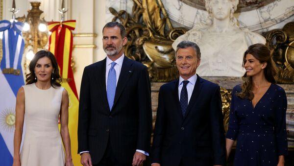 アルゼンチン到着のスペイン国王、タラップがなく1時間機外へ出られず - Sputnik 日本