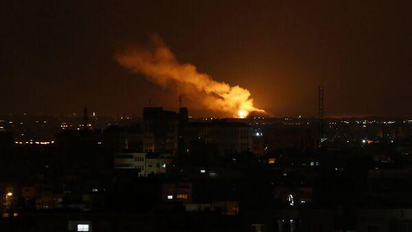 イスラエル、ガザ地区から30発のロケット弾が発射されたと発表 - Sputnik 日本