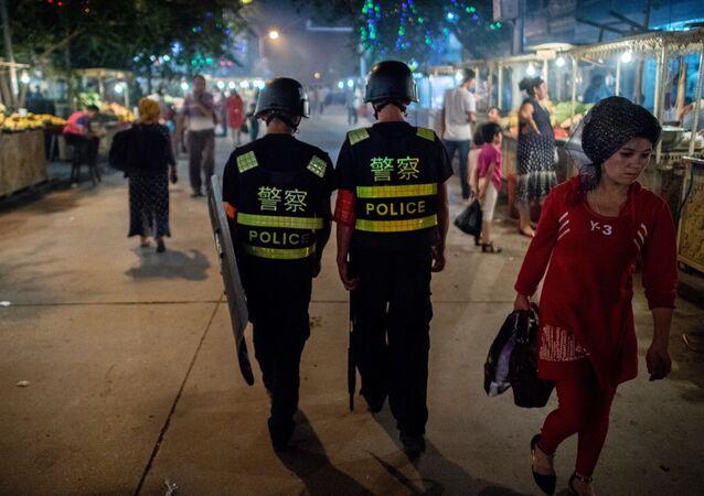 新疆ウイグル自治区で警察(アーカイブ写真)