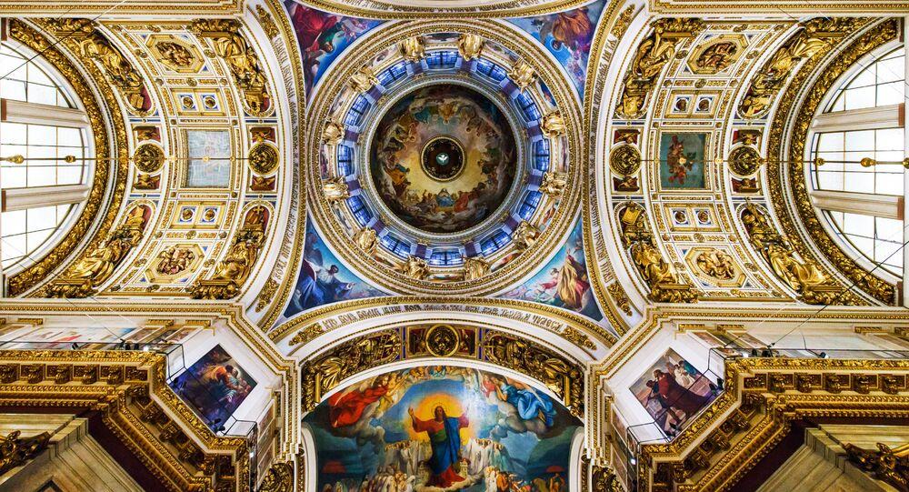 聖イサアク大聖堂の丸屋根、内部の様子
