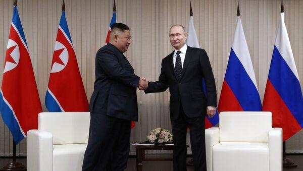 Президент РФ В. Путин встретился с лидером КНДР Ким Чен Ыном - Sputnik 日本