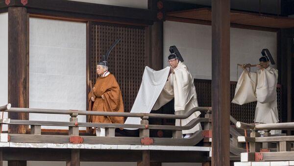 退位の儀式に臨まれる天皇陛下 - Sputnik 日本