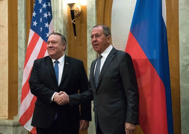 露米外相が協議 アフガン情勢、国連5常任理事国など