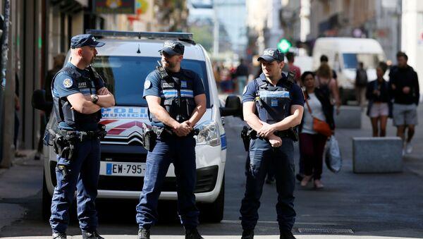 リヨン爆発 容疑者と見られる2人目が逮捕 - Sputnik 日本