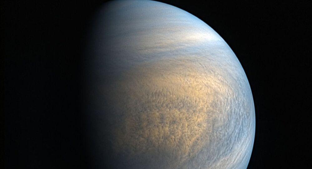 金星の大気中で発見されたガスは、生命の兆候の可能性