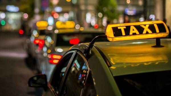 タクシー - Sputnik 日本