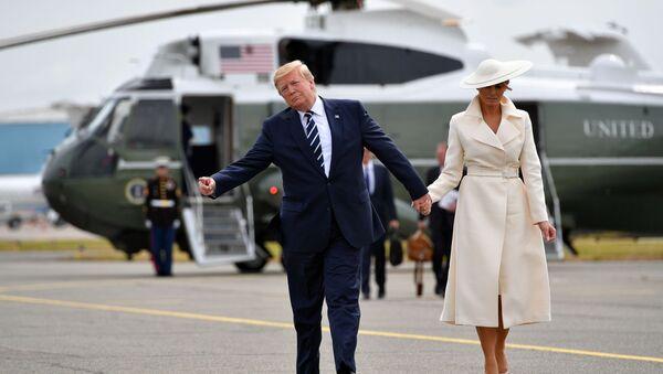 トランプ大統領、メラニア夫人をジャクリーン・ケネディ夫人にたとえる - Sputnik 日本