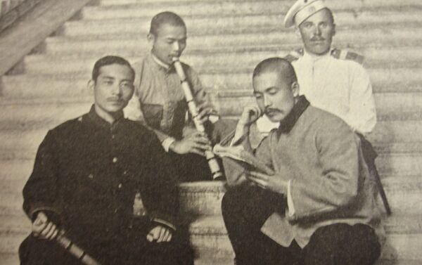 楽器を手にした日本人捕虜、メドベージ村 - Sputnik 日本