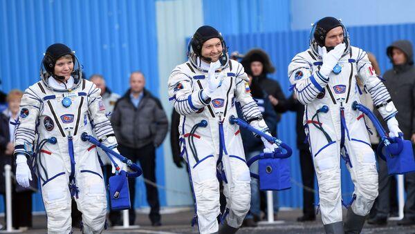 ロシア、米国、カナダの宇宙飛行士 - Sputnik 日本
