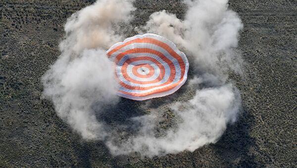着陸の瞬間 - Sputnik 日本