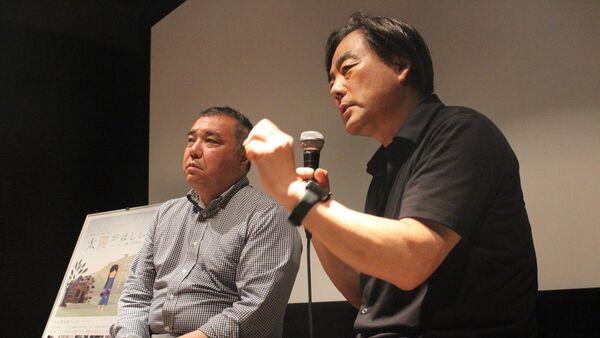 政治学者の中野晃一氏と班監督 (上映後のトークショー) - Sputnik 日本