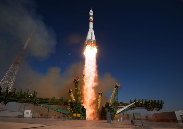 俳優陣と一緒にロシアの宇宙パイロットがISSに出発 宇宙で映画の撮影を予定