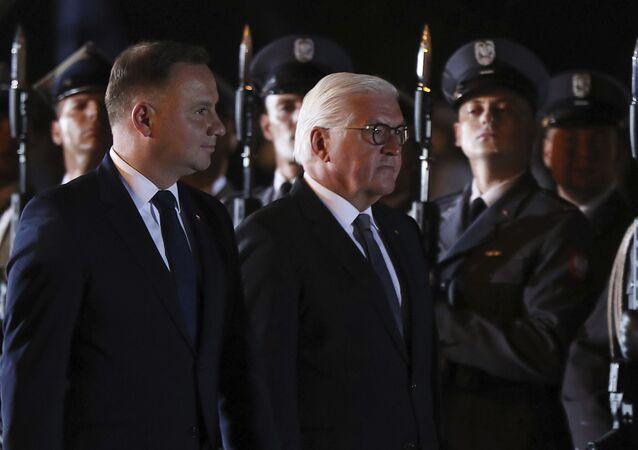ドイツのフランク=ヴァルター・シュタインマイアー大統領とポーランドのアンジェイ・セバスティアン・ドゥダ大統領