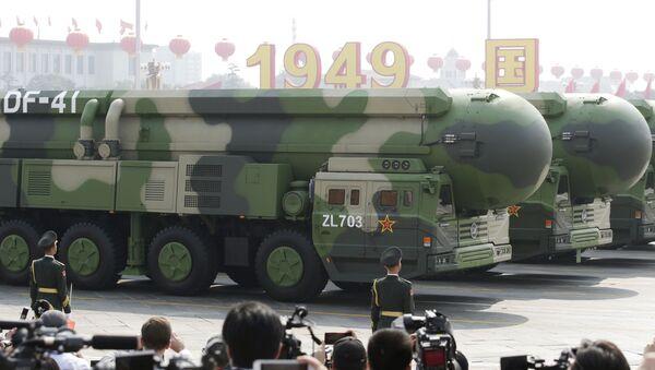 中国、軍事パレードで最新の大陸間弾道ミサイルを公開 - Sputnik 日本