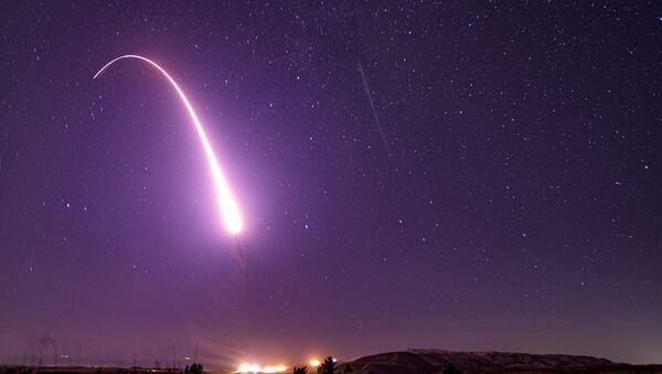 大陸弾道ミサイル(ICBM)「ミニットマンⅢ」 - Sputnik 日本