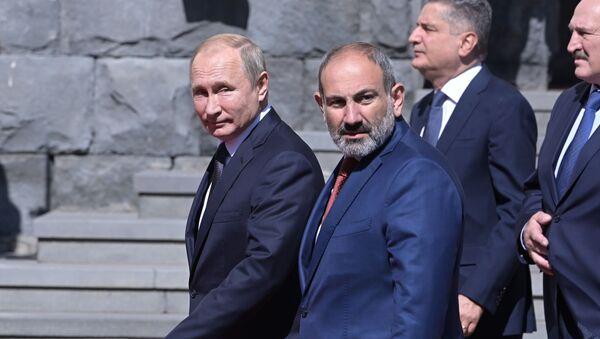 ニコル・パシニャン暫定首相が軍事援助を求めプーチン大統領に書簡送付 - Sputnik 日本
