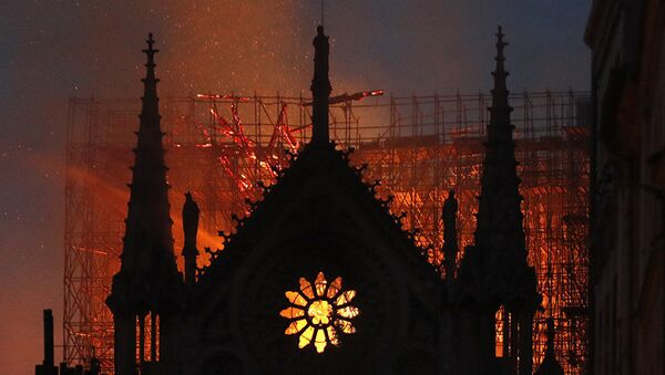 ノートルダム大聖堂の火災 - Sputnik 日本
