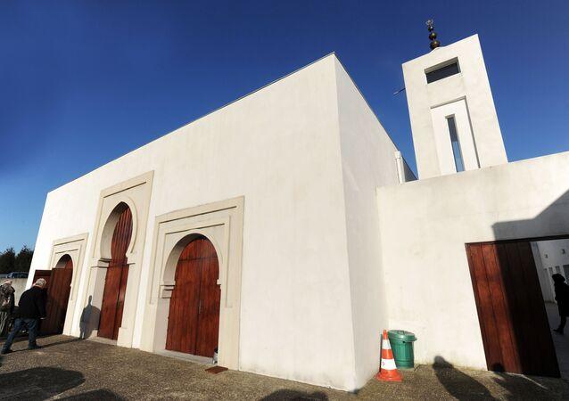 フランス南西部のモスク(アーカイブ写真)
