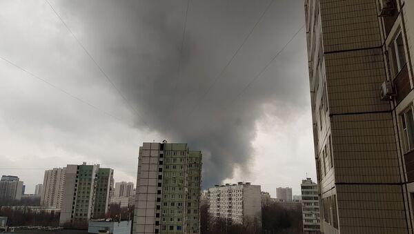 モスクワ南部で大火災 - Sputnik 日本