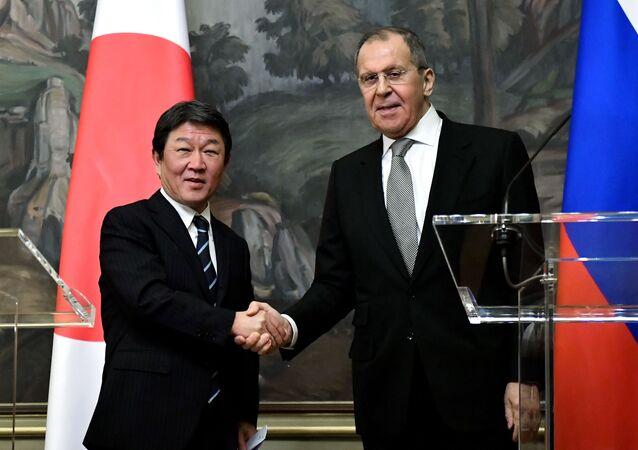 ロシアのセルゲイ・ラブロフ外相は日本の茂木敏充外相
