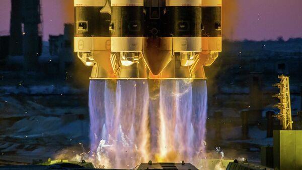 ロシアの「プロトンM」ロケット - Sputnik 日本