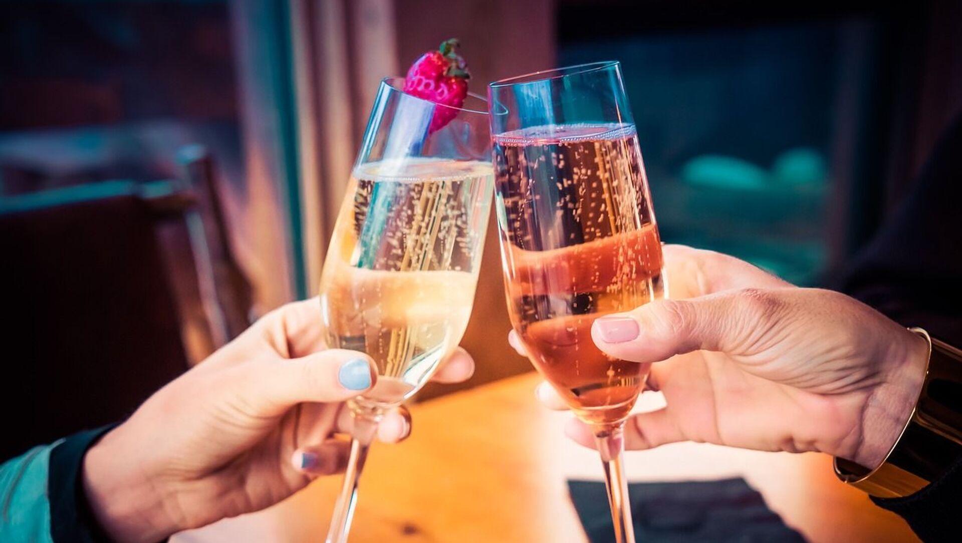 東京都 一部飲食店での酒類提供を認める方針 2人以下、30分以内 - Sputnik 日本, 1920, 18.06.2021