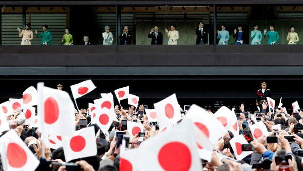 Члены императорской семьи во время публичного выступления в честь празднования Нового года в Токио, Япония - Sputnik 日本