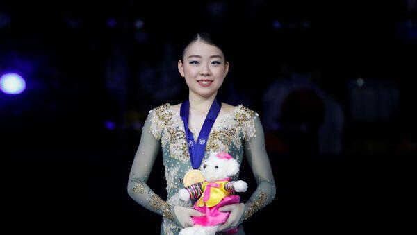Фигуристка Рика Кихира на церемонии награждения на Чемпионате четырёх континентов по фигурному катанию в Сеуле - Sputnik 日本