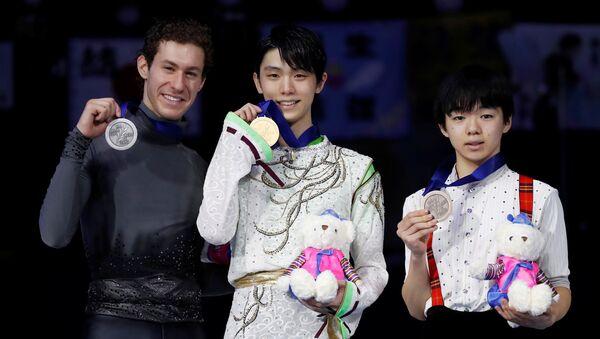 表彰台に上ったジェイソン・ブラウン、羽生結弦、鑰山 優真   ソウルで開催のフィギュア四大陸選手権・男子シングル - Sputnik 日本