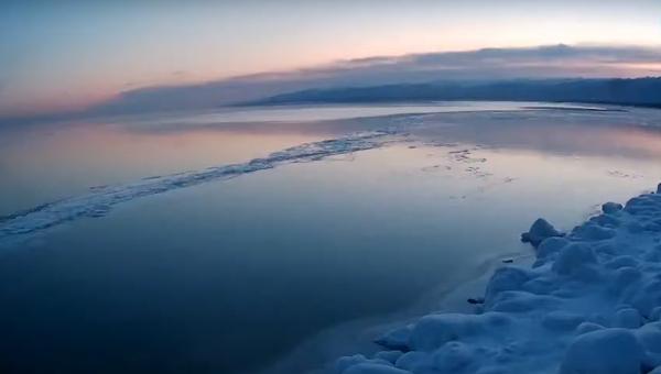 必見! バイカル湖が凍るまでの20日間 - Sputnik 日本