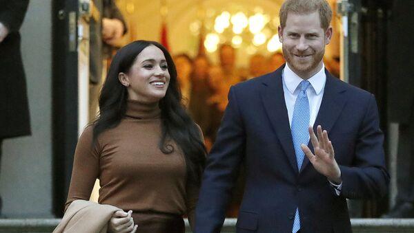Принц Гарри с женой Меган в Лондоне - Sputnik 日本