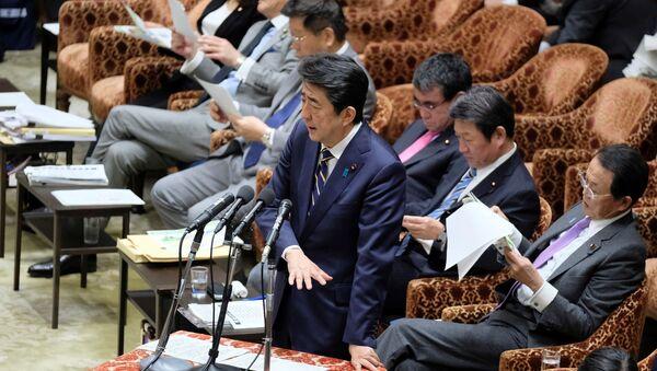 野党の合流で日本の政治地図は一変し、安倍氏の立場は揺らぐか - Sputnik 日本