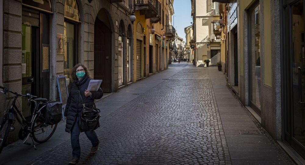 女性独り歩き用追跡システム開発
