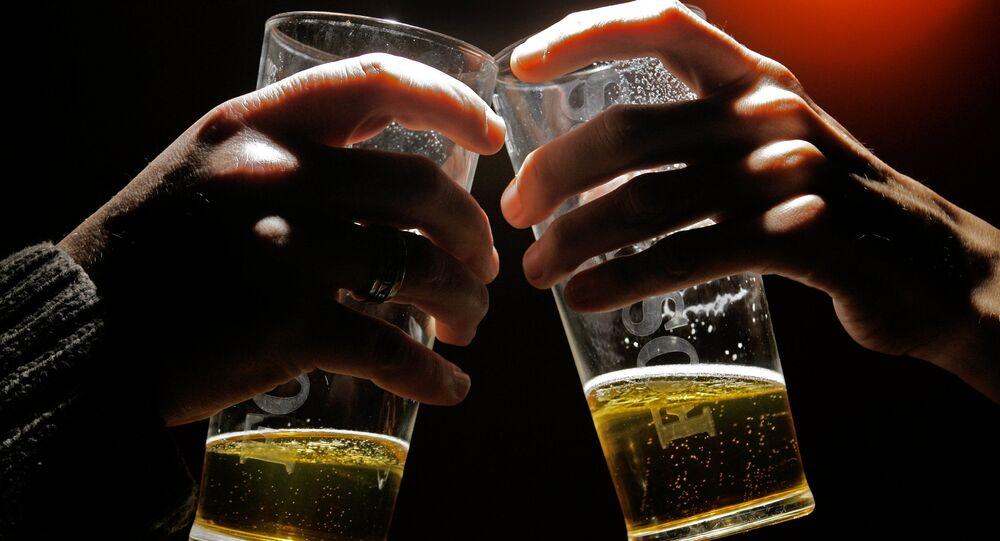 日本の国交省職員15人が集団感染 7人は自粛守らず居酒屋で懇親会
