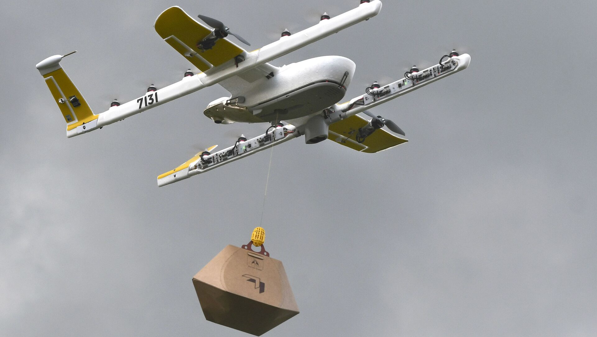 Дрон во время демонстрации возможностей по доставке, штат Вашингтон - Sputnik 日本, 1920, 07.10.2021