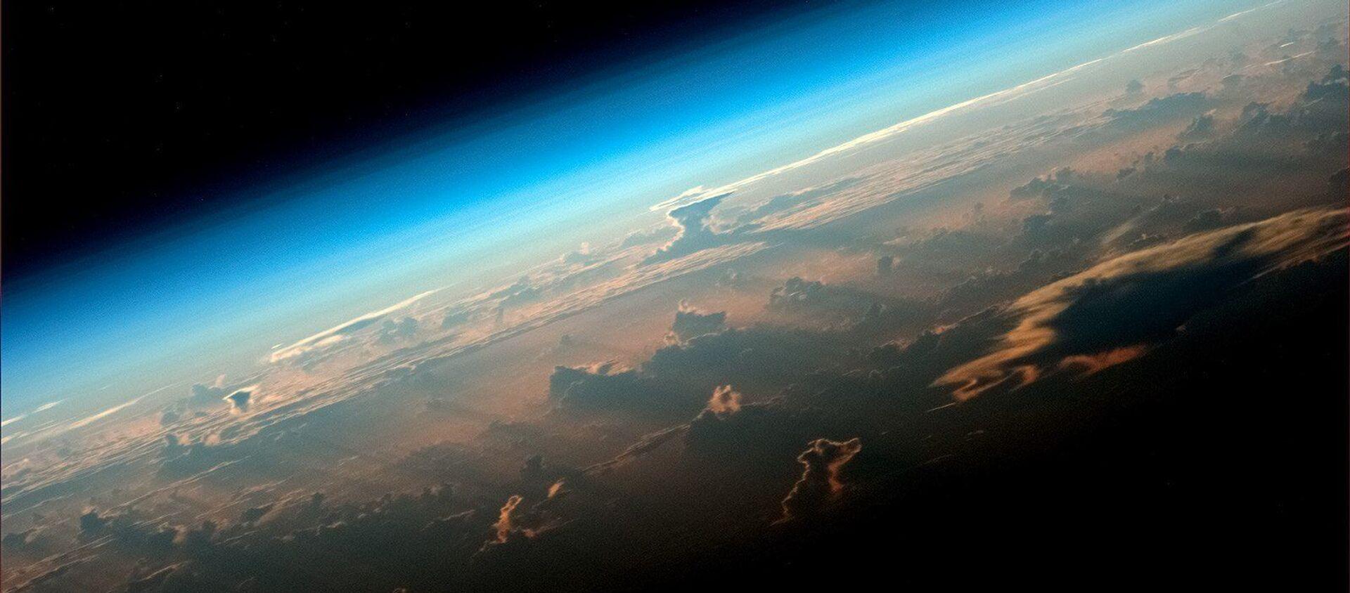 Вид на Землю с борта МКС снятый космонавтом Роскосмоса Олегом Артемьевым - Sputnik 日本, 1920, 21.06.2021