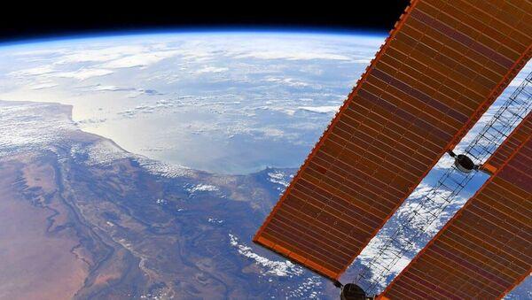 ISS - Sputnik 日本
