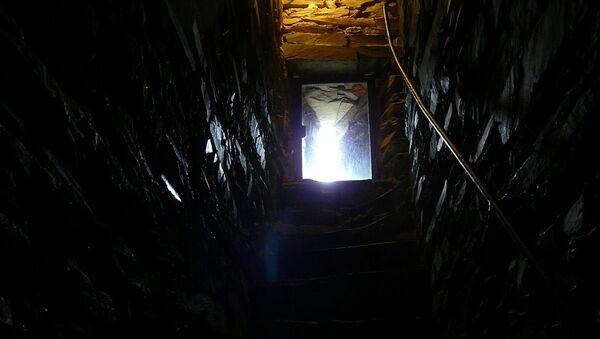 地下室 - Sputnik 日本
