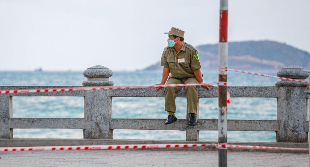 ベトナム 警察官
